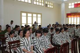 Mơ cảnh đi tù đánh bao nhiêu trong xo so mien bac