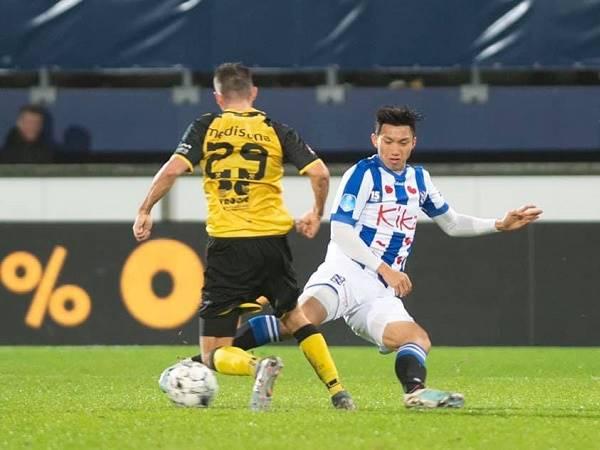 Văn Hậu có trận ra mắt đội một Heerenveen sau bao ngày chờ đợi