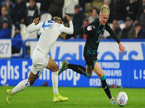 Nhận định Swansea City vs Luton Town 22h00 ngày 05/12