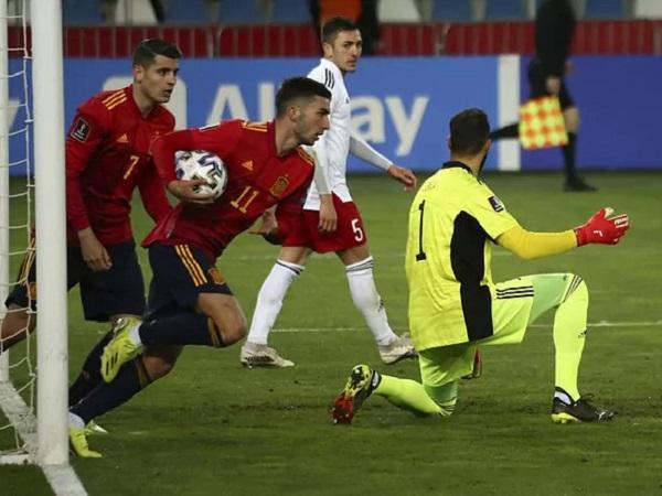 Tin thể thao 29/3: Tây Ban Nha thoát hiểm phút bù giờ
