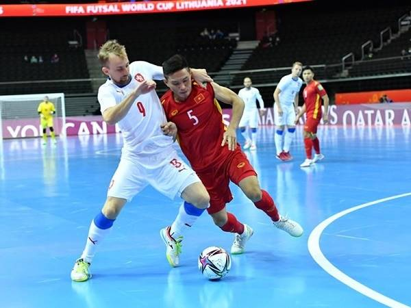 Tìm hiểu Futsal là gì? Cách chơi bóng đá Futsal cơ bản